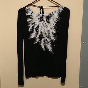 Ladies long sleeve knit top